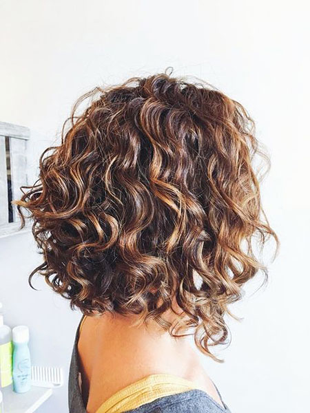 Layered Bob Haircut for Curly Hair, Curly Bob Bronde Blonde