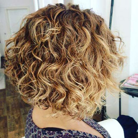 Curly Bronde Bob Shaggy