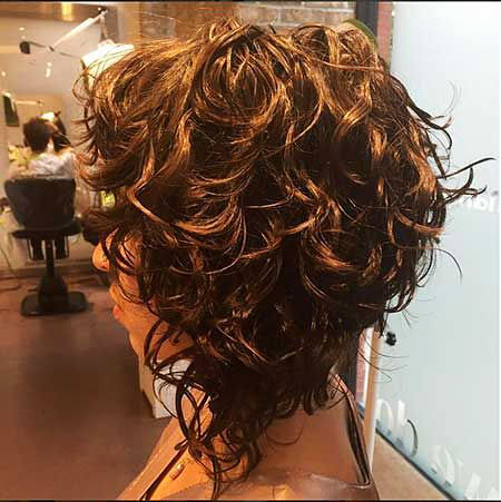 Curly Bronde Bob Golden