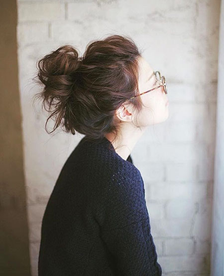 Messy Bun Hair Medium