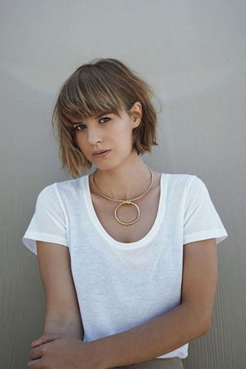 Short Layered Hairstyles With Bangs For Fine Hair