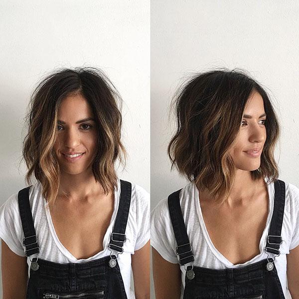 Cute Short Haircuts For Wavy Hair