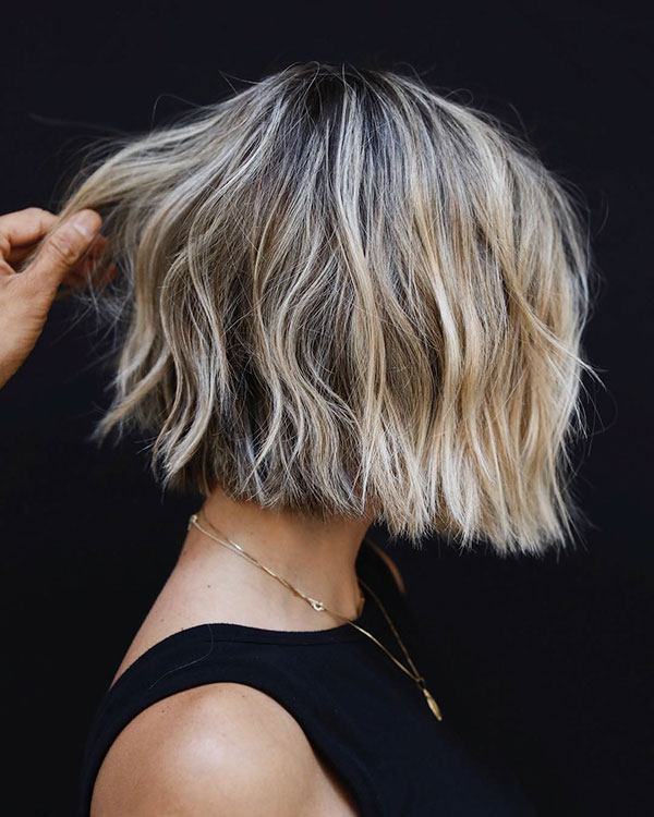 Short Wavy Blonde Hair