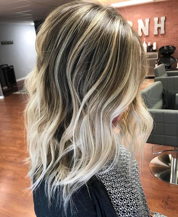 Medium Short Wavy Hair