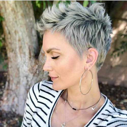 Cute Short Haircuts For Women Over 50