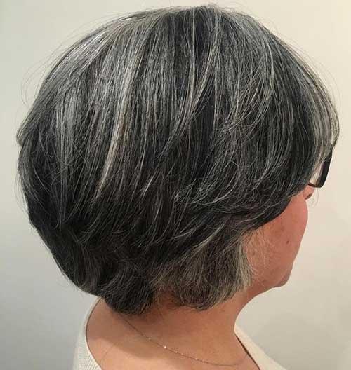 Bob Haircuts for Older Women-11